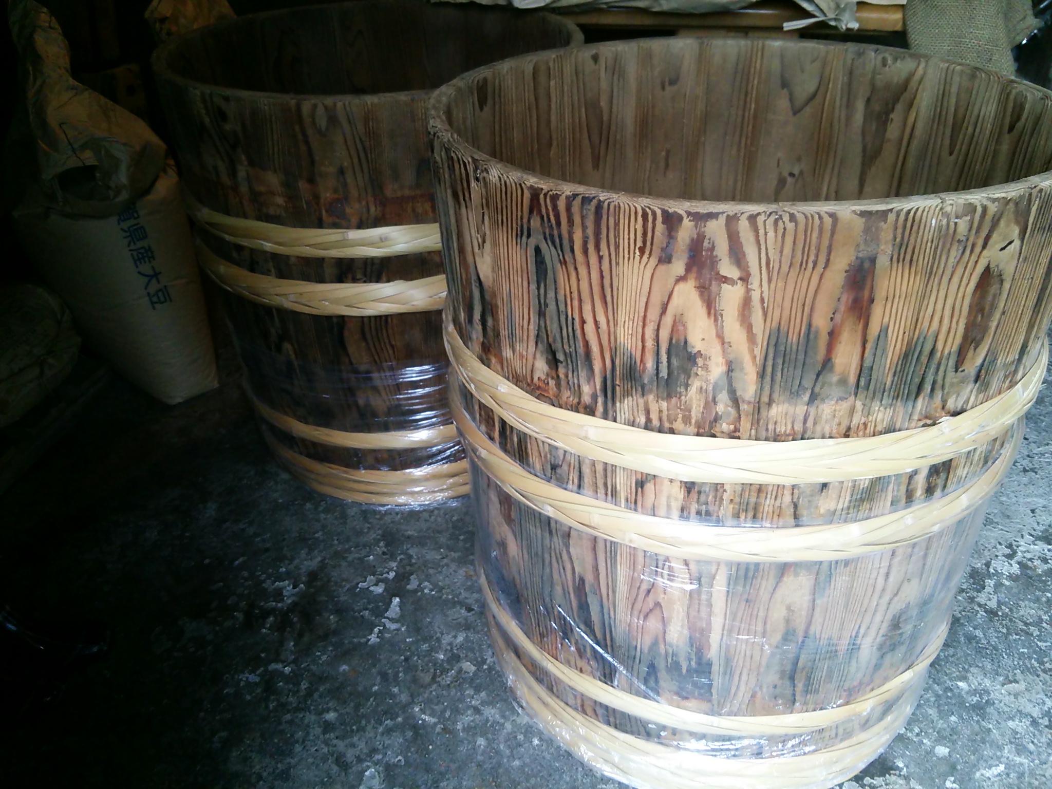 木桶の修理。