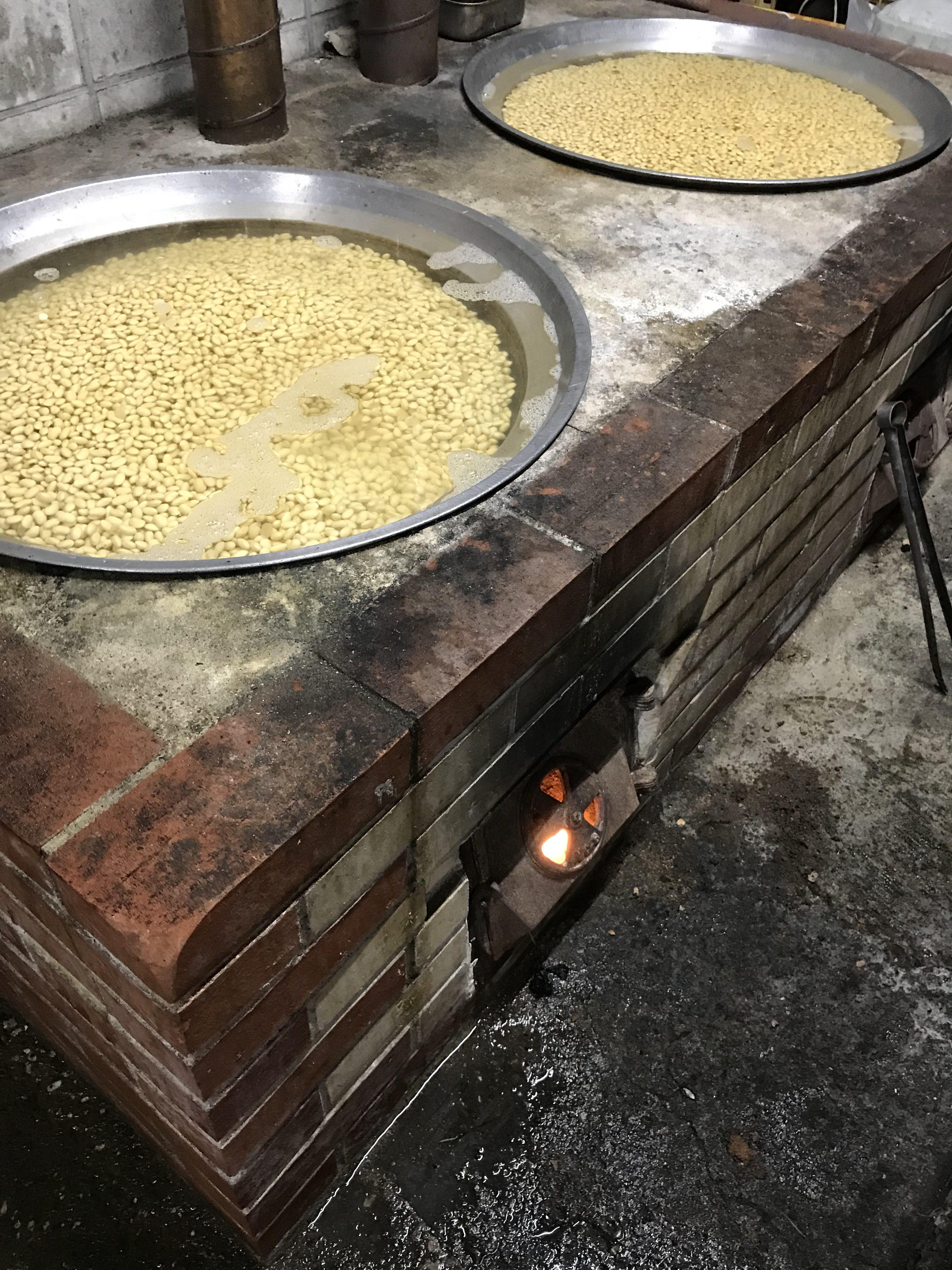 大豆を煮ました。
