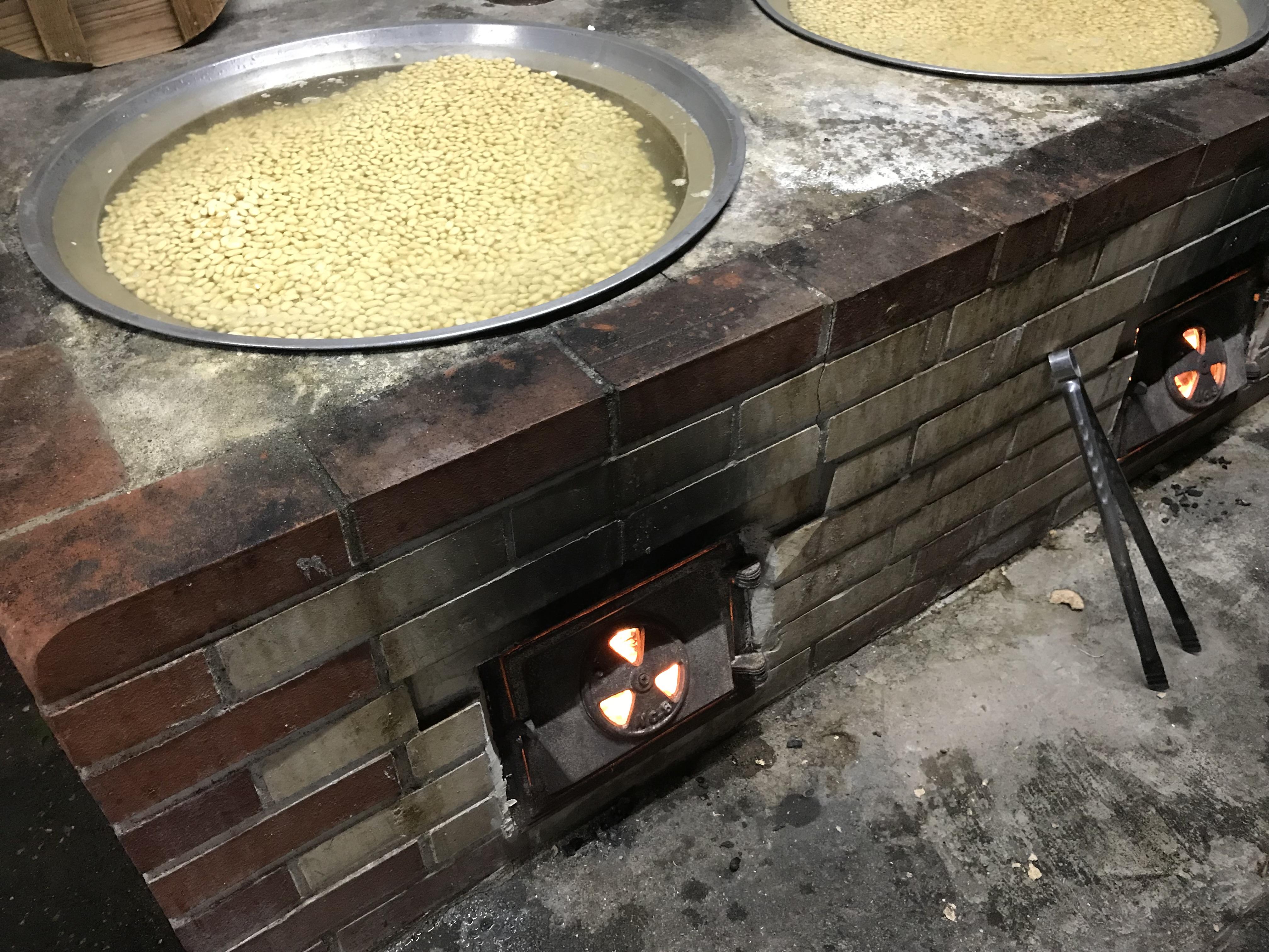 今夜も釜炊き。
